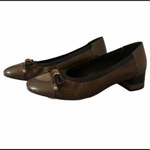 Ladies Geox brown Chloo pumps